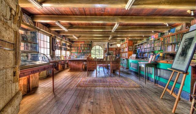 Baldwin`s Book Barn