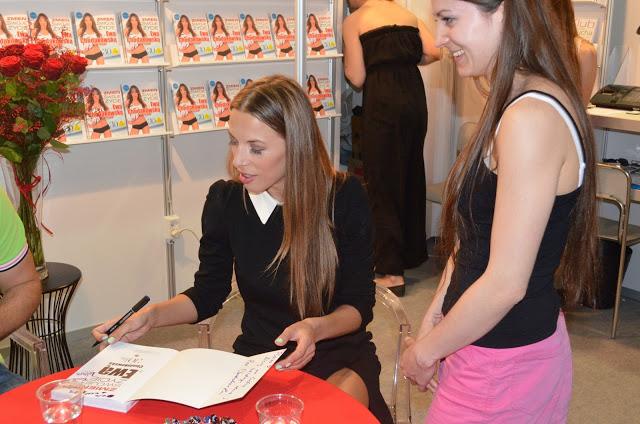 Autorzy na Warszawskich Targach Książki 2013 [FOTORELACJA]
